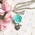 Menta rózsa nyaklánc, Ékszer, óra, Nyaklánc, Kézzel készítettem, süthető gyurmából. A színeket minden ékszernél magam keverem, így biztosan nem s..., Meska