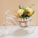 Romantikus, anyák napi fém bicikli selyemvirágokkal, Újabb anyák napi ajándék készült! Fém bicik...