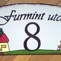 egyedi házszámtábla, utcatábla, Otthon, lakberendezés, Utcatábla, névtábla, Festett tárgyak, Figyelemfelkeltő és egyedi!  Alumínium lemezt több réteg alapozás után szabadkézi rajzaim alkotta m..., Meska