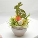 Nyuszis asztaldísz, Dekoráció, Otthon, lakberendezés, Ünnepi dekoráció, Húsvéti apróságok, A sárga nyuszi elbújt a sok-sok tavaszi virág közt...keresd meg...  A dísz mérete kb. 11x17cm  Az ár..., Meska