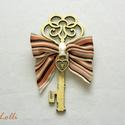 Key to my heart vőlegény kitűző - Rendelhető!, Esküvő, Esküvői dekoráció, Esküvői csokor, Szuper vicces bohém kulcs kitűző, vőlegénynek és egyéb humoros esküvői népeknek. A fa kulcsot aranyr..., Meska