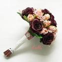 Mélybordó - barack selyemvirág menyasszonyi örökcsokor, Esküvő, Esküvői csokor, Minőségi selyemvirágból készítettem ezt a csokrot, amiben mély bordó rózsák, halványbarack rózsabimb..., Meska