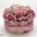 RomanticVintage virág box virágdoboz, Otthon, lakberendezés, Esküvő, Asztaldísz, Esküvői dekoráció, Egyedi vintage mintás papírral borítottam ezt a virágdobozt, amibe mályvás és szürkés lila hab és se..., Meska