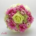 Pink zöld selyemcsokor, Esküvő, Esküvői csokor, Ez a csinos kis csokor készen van, már viheted is! :) Pink dáliákkal, mályva kis selyemrózsákkal,  z..., Meska
