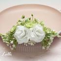 Fehér rózsás menyasszonyi fejdísz, Esküvő, Ruha, divat, cipő, Hajdísz, ruhadísz, Hajbavaló, Azonnal viheted! Fehér rózsákkal, apró világoszöld virágokkal és levelekkel, pici fátyolvirágokkal k..., Meska