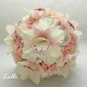 Bellefleur orchideás menyasszonyi csokor Timinek!, Menyasszonyi csokor  Fehér hab és rózsaszín ki...