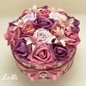 RomanticRosebox - virágdoboz, virágbox, rózsabox, Esküvő, Otthon, lakberendezés, Asztaldísz, Nászajándék, Lepd meg szeretteidet ezzel a romantikus virágdobozzal, melybe csodaszép mályva, rózsaszín és lila h..., Meska