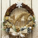 Szarvasos téli kopgtató - karácsonyi kopogtató, Arany szarvassal, natúr termésekkel, arany csill...