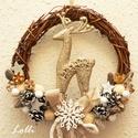 Szarvasos téli kopogtató - karácsonyi kopogtató, Otthon, lakberendezés, Dekoráció, Karácsonyi, adventi apróságok, Ajtódísz, kopogtató, Ünnepi dekoráció, Karácsonyi dekoráció, Pezsgő szín :) szarvassal, natúr termésekkel, ezüst csillagokkal és pezsgőszín csillogós fonállal dí..., Meska