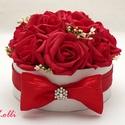 MiniBelle vörösrózsás mini Virágbox - Rózsadoboz, virágdoboz, Esküvő, Otthon, lakberendezés, Asztaldísz, Esküvői dekoráció, Lepd meg anyukádat, szerettedet ezzel a kis  romantikus virágdobozzal, melybe csodaszép formájú, ker..., Meska