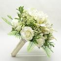 AmazingIvory - Egyedi ekrü menyasszonyi örökcsokor, Esküvő, Esküvői csokor, Egyedi ekrü /törtfehér/ menyasszonyi csokor, selyemvirágokból kötve. Ekrü inkaliliom, különleges zöl..., Meska