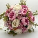 Ekrü -ciklámen rózsás menyasszonyi örökcsokor, Esküvő, Dekoráció, Csokor, Esküvői csokor, Ciklámen és ekrü angolrózsákkal, dustylila rózsákkal készült egyedi örökcsokor.  Mérete: 20cm átérőj..., Meska