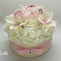 Orchideás virágdoboz, virágbox, rózsabox, Esküvő, Otthon & lakás, Esküvői csokor, Lakberendezés, Lepd meg szeretteidet ezzel a romantikus virágdobozzal, melybe csodaszép ekrü és rózsaszín habrózsák..., Meska