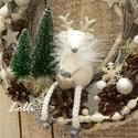 Karácsonyi egérkés koszorú, Otthon & lakás, Dekoráció, Ünnepi dekoráció, Karácsonyi, adventi apróságok, Karácsonyi dekoráció, Lakberendezés, Ajtódísz, kopogtató, Koszorú, Rusztikus ágalapot díszítettem, termésekkel, fehér hópelyhekkel, ezüst díszekkel, Bolgog karácsony f..., Meska