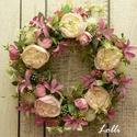 Vidám virágos tavaszi kopogtató, Ezt a virágos hungarocell koszorút halvány róz...