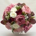 Púder rózsaszín menyasszonyi örökcsokor, Bazsarózsákból, rózsákból, és hortenziákka...