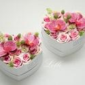 Pink orchideás szív szülőköszöntő selyemvirág dobozok párban