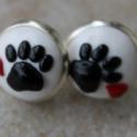 Macska tappancs fekete-fehér bedugós fülbevaló, kerek, Aranyos cica lábnyomok!  Fekete macska tappancsok...