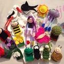 Tavaszi ujjbábok, Játék, Baba-mama-gyerek, Báb, Készségfejlesztő játék, Az ujjbábokat filc anyagból készítettem, kézzel hímeztem minden apró részletét. A hozzá tartozó bábt..., Meska