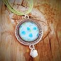 Nyaklánc üveglencse medállal - virágos mintával, Ékszer, óra, Nyaklánc, Nyaklánc üveglencse medállal - virágos mintával - antik ezüst medál alap - mintája: virágos..., Meska