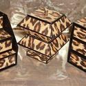Leopárd mintás ékszerdoboz / írószertartó szett, Leopárd mintájú doboz szett.  Kartonpapírból ...
