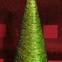 FELDÍSZÍTHETŐ KARÁCSONYFA / FENYŐFA / asztali, Dekoráció, Karácsonyi, adventi apróságok, Otthon, lakberendezés, Ünnepi dekoráció, Karácsonyi dekoráció, zöld erős fonalból decoupage-ragasztóval készített kúp alakú fenyőfa - gondolatébresztőnek :-)  Mére..., Meska
