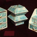 TENGERKÉK ékszerdoboz / írószertartó szett /fehér alapon/, Dekoráció, Dísz, TENGERKÉK doboz-szett /fehér alapon/  Kartonpapírból készült, TARTÓS, igényesen kialakított, különbö..., Meska