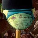 CSEPKE övtáska világítótoronnyal, Táska, Válltáska, oldaltáska, Varrás, Festett tárgyak, Textilbőr övtáskát készítettem türkiz, középzöld és kivizöld színekkel, elején saját festésű pamutv..., Meska