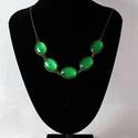 Zöldike, Ékszer, óra, Ékszerszett,  Gyönyörű zöld, csillogó nyaklánc  5 lencséből álló üveglencsés nyaklánc. Színe: zöld csillogó Hossz..., Meska