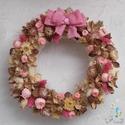 Tavaszi ajtódísz (kopogtató) 25cm rózsaszín masnival, Dekoráció, Otthon, lakberendezés, Dísz, Ajtódísz, kopogtató, Virágkötés, A 25cm-es szalma alapra épített kopogtató rózsaszín és natúr színek árnyalataiból lett összeállítva..., Meska