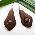 Unakit  fülbevaló,  A fülbevaló alapja dió fából készült és  ...