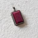 Rubin medál, Ékszer, Medál, Nagyon szép, 19x13 mm-es rubint  foglaltam ezüstbe, antikoltam. , Meska