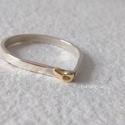 Csepp ezüst gyűrű arannyal, Csepp formájú ezüst gyűrűt készítettem,  ar...
