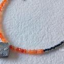 Nyaklánc feketében naranccsal, Ékszer, Nyaklánc, Medál, Nagyon szép 2 mm-es spinell gyöngyökkel és 4 mm-es karneol gyöngyökkel készítettem ezt a nyakláncot...., Meska