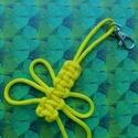 Szitakötő kulcstartó, Mindenmás, Kulcstartó, Csomózás, Paracord zsinórból, csomózással készült, szitakötő kulcstartó. Hossza: 12 cm (karabíner nélkül), Meska