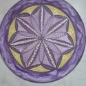Lila színjáték, Dekoráció, Otthon, lakberendezés, Dísz, Falikép, Egyedi, saját minta alapján rajzolt, majd festett selyem mandala, átmérője 25 cm, gyárilag kif..., Meska