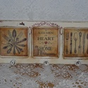 Fából készült konyhai fogas, Konyhafelszerelés, Decoupage, transzfer és szalvétatechnika, Fából készült koptatott konyhai akasztó három kis képbetéttel. A fogas 38 cm hosszú, 15cm magas, 3 ..., Meska
