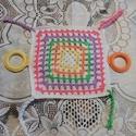 Baba játszóka rongyi készségfejlesztő, Játék, Baba játék, Plüssállat, rongyjáték, Horgolás, Horgolt baba játszóka rongyi készségfejlesztő Szines bababarát fonalból  készült ez a kis játék. Ké..., Meska
