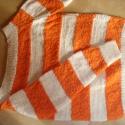 """Narancssárga-fehér pulóver, Ruha, divat, cipő, Női ruha, Felsőrész, póló, Halványabb narancs, inkább erős barackszínű, váltakozó sodrású pamut és """"sprődebb"""", fehér színű fona..., Meska"""