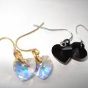 2 pár Swarovski szív fülbevaló - crystal AB és jet, Ékszer, Esküvő, Valentin napra, Fülbevaló, Még mindig lenyűgöz a Swarovski szívek csillogása.  Most egy nagyon egyszerű fülbevaló sorozatot csi..., Meska