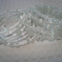 Izgalmas fehér opalittal - karkötő szett, Ékszer, Esküvő, Karkötő, Ékszerkészítés, 2 darabos karkötő szett. Az egyiken 2 és 4 mm-es telt fehér kásagyöngyök sorakoznak, köztük opalit ..., Meska