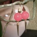Neon rózsaszín jáde fülbevaló tüskével, Ékszer, Esküvő, Fülbevaló, 12 mm-es neon rózsaszín jáde golyókat szereltem fel leveles fülbevaló akasztóra. Egy 22 mm-es ezüst ..., Meska