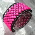 -10%+NO POSTA! Neon pink gyöngyös karkötő , Ékszer, Esküvő, Karkötő, Most 10%-al olcsóbban vásárolhatod meg ezt a karkötőt. A feltüntetett ár már tartalmazza a kedvezmén..., Meska