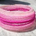 Pink ombre karkötő, Ékszer, Karkötő, 2 mm-es csillogó áttetsző pink, telt pink, valamint halvány rózsaszín kásagyöngyök sokasága memória ..., Meska