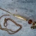 ÚJ! Óarany fantázia nyaklánc, Ékszer, Esküvő, Nyaklánc, Kissé formabontó medált készítettem arany színű kerámia-, üveg-, és fém gyöngyökből.  Rövid bronzos ..., Meska