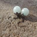 ÚJ! Amazonit fülbevaló, Ékszer, Esküvő, Fülbevaló, 10 mm-es csiszolt amazonit ásvány gyöngyök és ezüstszín szerelékből összeállított fülbevaló.  Gyönyö..., Meska
