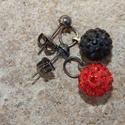 ÚJ! Vörös és fekete - shamballa fülbevaló, Ékszer, Fülbevaló, Piros és fekete shamballa  gyöngyöket használtam ehhez a fülbevalóhoz.  Fekete színű bedugós fülbeva..., Meska