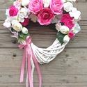 Pink rózsás szívkoszorú, ajtódísz, Dekoráció, Otthon, lakberendezés, Dísz, Ajtódísz, kopogtató, Virágkötés, Szívalakú,  fehér vesszőkoszorút mindenféle rózsaszín, pink és törtfehér selyemrózsákkal, hortenziá..., Meska