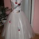 Menyasszonyi ruha, kalocsai himzett, tüllös, Esküvő, Ruha, divat, cipő, Esküvői ruha, Menyasszonyi ruha, Nagyon szép, egyedi, elegáns, menyasszonyi ruha, taft- tüll  alapanyagból, kalocsai himzéssel d..., Meska