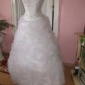 Menyasszonyi ruha, habos, királylányos., Ruha, divat, cipő, Esküvői ruha, Menyasszonyi ruha, Varrás, Hímzés, Nagyon szép düssesz, muszlin anyagokból készített menyasszonyi, báli ruha. A ruha két részes, felsó..., Meska